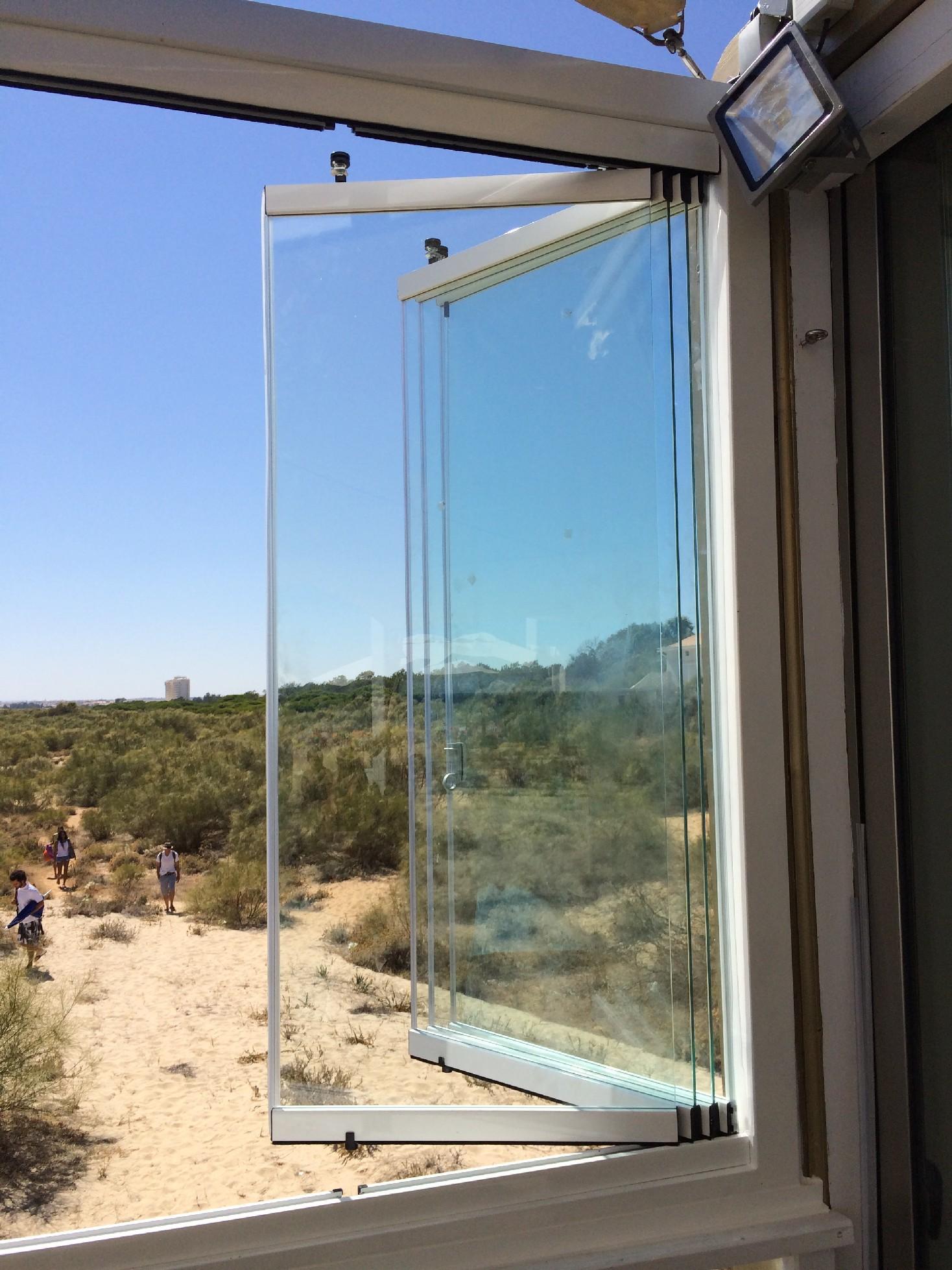 #2363A8 Remodelar janelas de correr em vidro Fórum da Casa 4188 Imagens De Casas Com Janelas De Aluminio